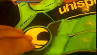 Обзор на вратарские перчатки Uhlsport ergonomic graphite(, 2015-07-28T18:35:39.000Z)
