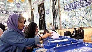 Double scrutin en Iran pour déterminer l'avenir du pays