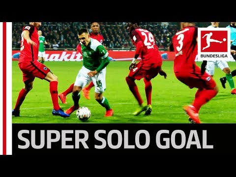 World-Class Solo Goal – Dribble Takes out Three Opponents