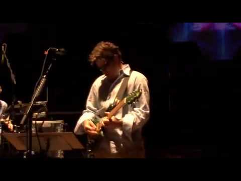 You want to watch this: The Disco Biscuits - Mirrors Live Pro Shot