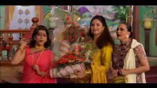 Family Get Together - Salman, Saif, Sonali & Karishma - Hum Saath Saath Hain