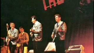 The Ventures  Live  1965 - Wipe Out