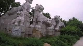 Китай Хуньчунь август 2016 3 серия Торговая улица и парк аттракционов
