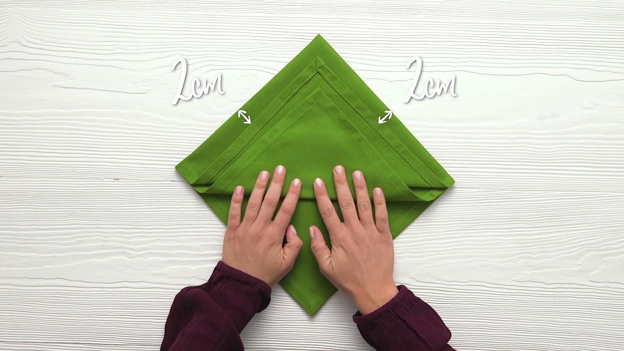 How to fold a Christmas tree napkin - YouTube