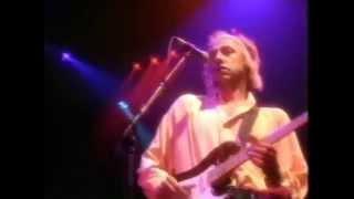 Dire Straits - On Every Street (Tradução)