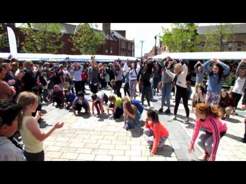 FLASHMOB BARRY TOWN CENTRE FAME THE MUSICAL