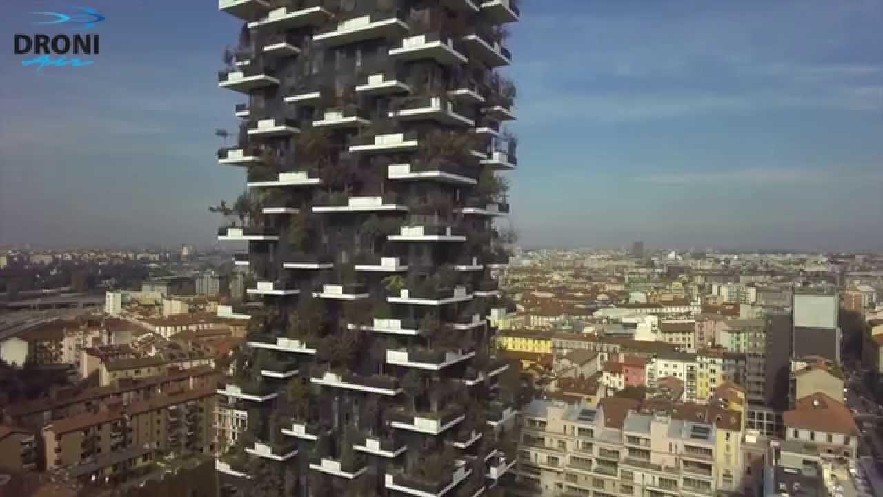 Milano pochi mesi al completamento del bosco verticale