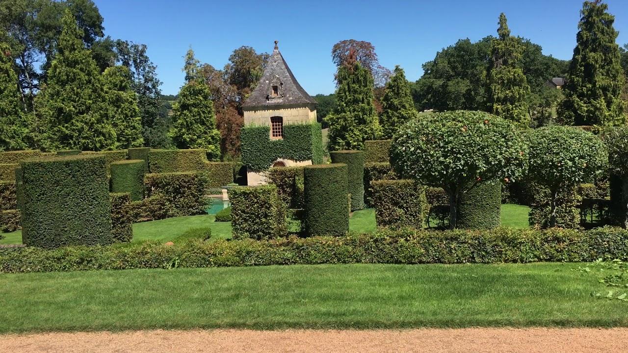 visite en famille dans les jardins deyrignac - Jardin D Eyrignac
