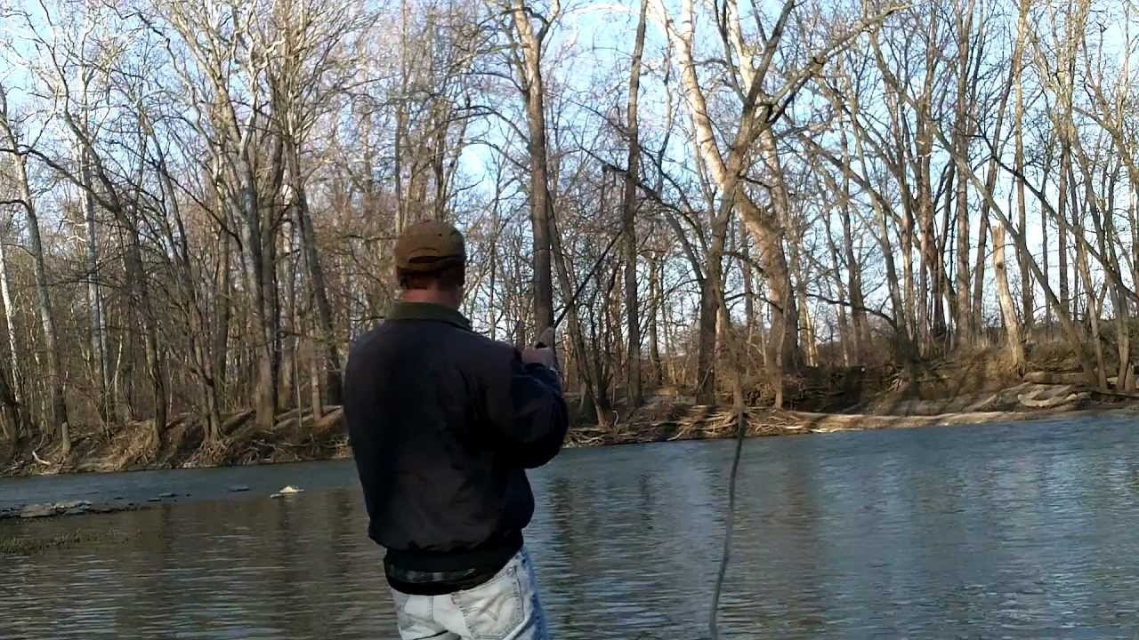 Great miami river pike fishing in feb youtube for Ohio river fishing report