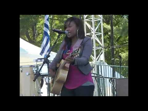 Jamie Grace - Beautiful Day LIVE at theFEST 2013