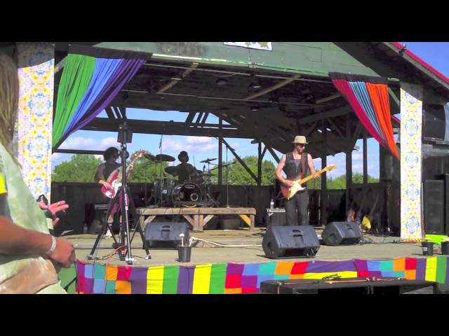 Balkun Brothers - Catfish Blues - Live At Green Love Festival 2013