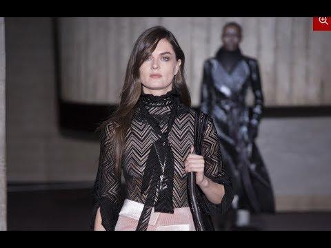 ROLAND MOURET Fall 2018/2019 London - Fashion Channel