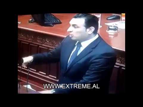 I Vetmi Shqiptar qe Turperoi Maqedonasit e...