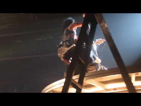 KISS - Love Gun + Fly (at Paul Stanley Stage) - Brisbane 2015