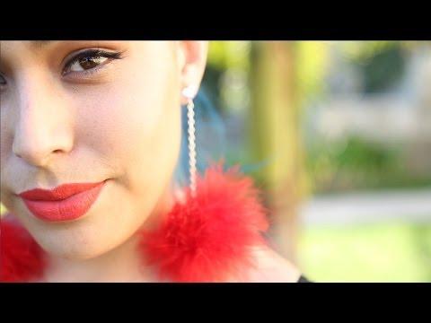 Feather Pom Pom Earrings ♥ DIY