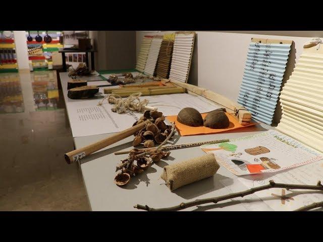 """VÍDEO: Inaugurada la exposición """"Música Maestro"""" como complemento del Museo de la Escuela, en la Casa de los Mora"""