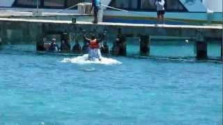 FOOT Punch на двух дельфинах