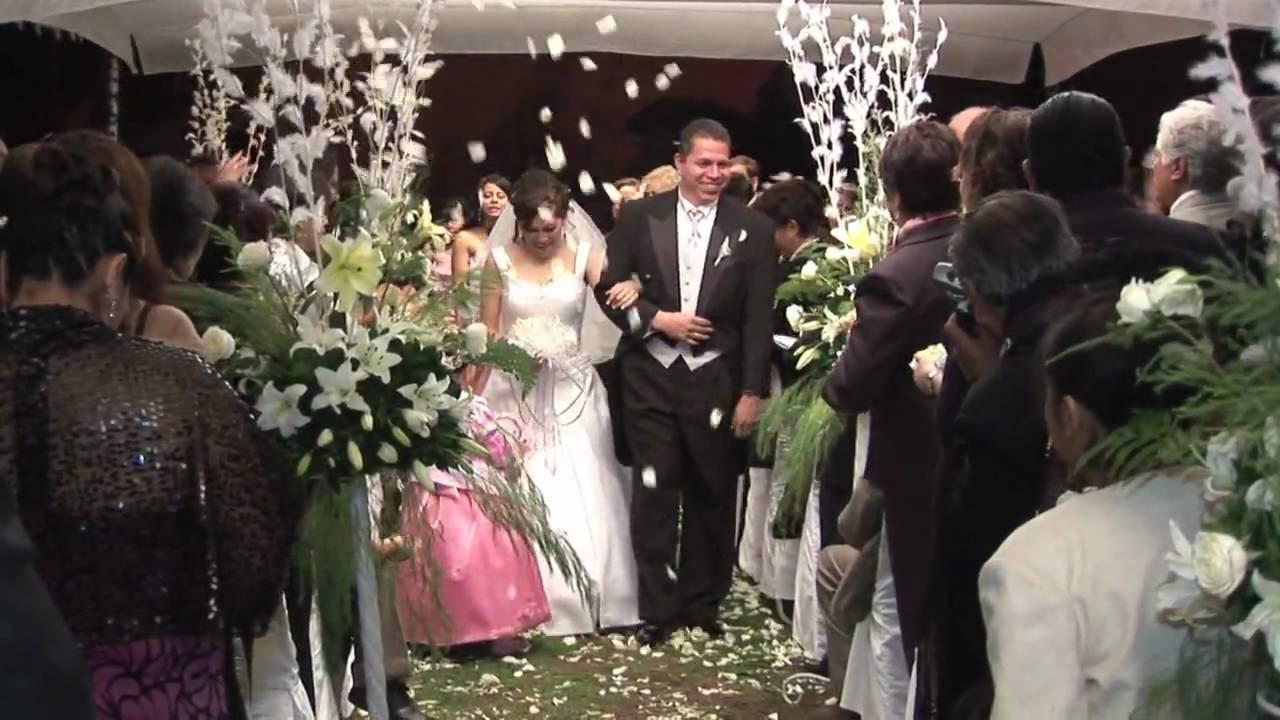 Matrimonio Catolico Tradicional : Vero y carlos boda cristiana youtube