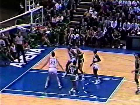 Roy Tarpley (16pts/14rebs) vs. Celtics (1988)