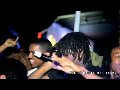 Chief Keef - 3Hunna / Save Dat Shit - [OFFICIAL VIDEO] Shot By @RioProdBXC at Adriannas
