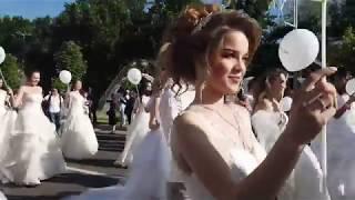 Парад невест в Ташкенте