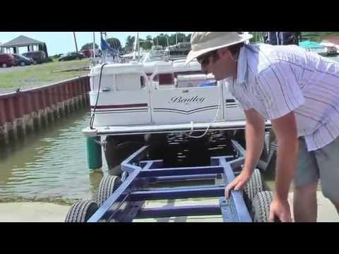 TRITON SCISSOR-LIFT PONTOON TRAILER - The Cantalever Lift