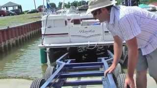TRITON SCISSOR-LIFT PONTOON TRAILER - The Cantalever Lift