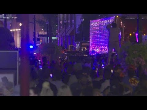 Video Shows Moments Shots Were Fired At Breonna Taylor Protest Youtube