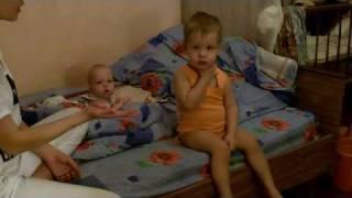 видео О пользе пальчиковых игр в развитии крохи