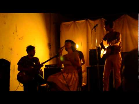 White Shoes & the Couples Company - Nothing to Fear live in DIY 2013