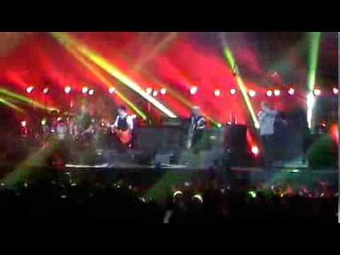 """DIE TOTEN HOSEN - Düsseldorf """" Esprit Arena """" Freitag 11/10/2013 Ein guter Tag zum ... VIDEO 06/10"""