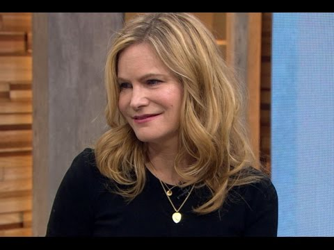 'The Hateful Eight' | Jennifer Jason Leigh on Her First Oscar Nod