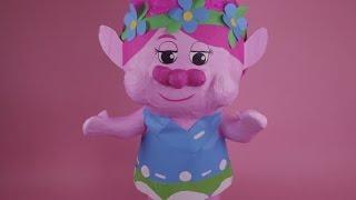 TROLLS: PIÑATA de POPPY y RAMON con Juguetes Sorpresa Fantásticos!