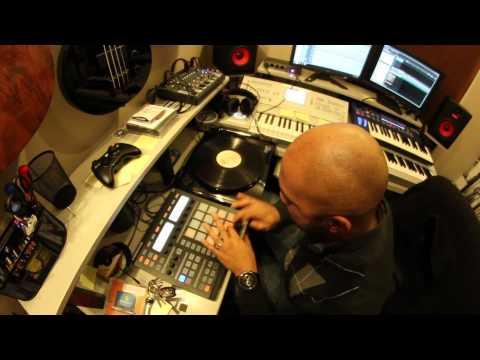Beat Making - Barry White Sampling