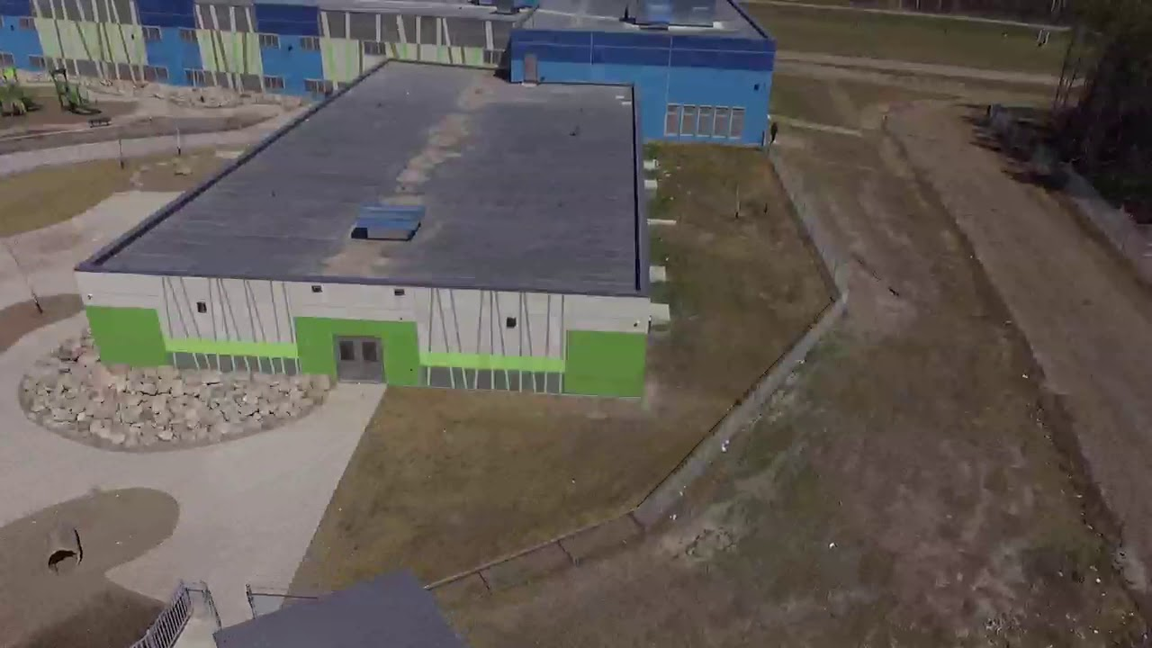 Eenchokay Birchstick School, Pikangikum First Nation