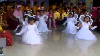 Tarian Kupu-Kupu siswa Kelas I SDN Bumi Sagu Palu, Sulteng