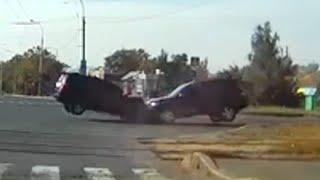 2014年9月の交通事故動画まとめ。ドライブレコーダー (6)