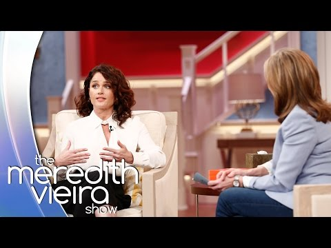 Robin Tunney Did WHAT To Simon Baker?!  The Meredith Vieira
