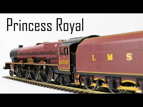 Reviewing The Princess Royal Class From Hornby