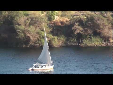 Sailing a Felucca on the Nile River at Aswan - Egyptиз YouTube · Длительность: 4 мин43 с