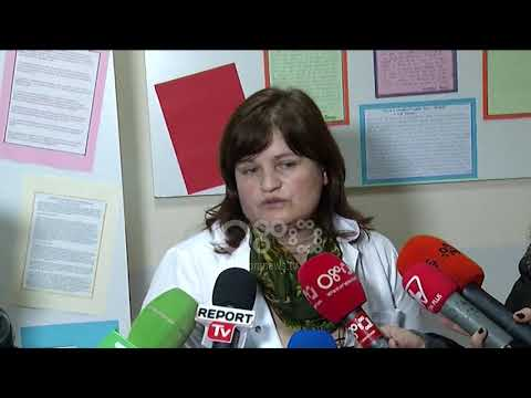 Ora News -  Bie suvaja në klasë lëndohet mësuesja, ngjarja në shkollën