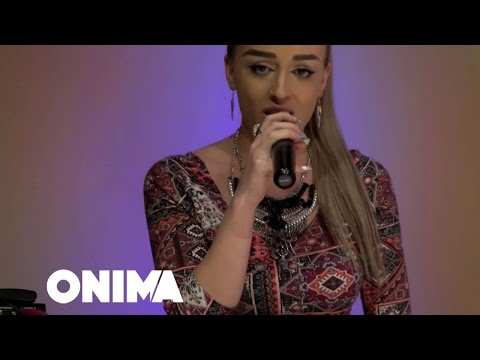 Aida Doci - Kujt i paske ngja