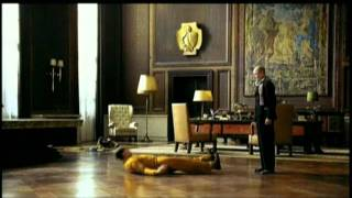 私が見たのは、 狂気の独裁者ではない、 ひとりの孤独な 人間だった── ...