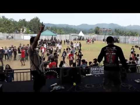 JALATUNDA - FUCKING TERRITORY ( LIVE KOMPILASI FEST #3 @ GELORA LEKSONO