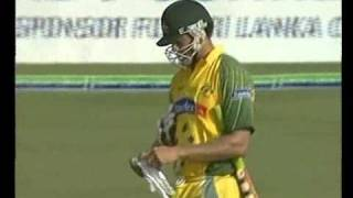 Amazing sportsmanship in cricket, Attapatu recalls Symonds to the wicket