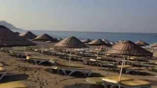 Аланья на пляже отеля Bone Club SVS 4*  Турция,  Аланья,  Махмутлар(Дорога на пляж из отеля Bone Club SVS 4*, 2015-08-18T10:01:58.000Z)