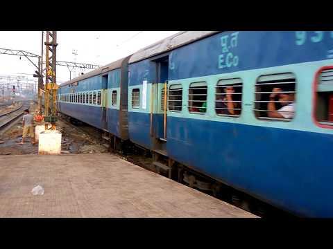 12859 Mumbai Howrah Gitanjali superfast express arriving at Kalyan Junction