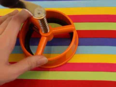 How to cut fabric with Enterprise Products' circle cutter