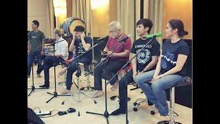 Latihan kolaborasi NOAH, Iwan Fals, Nidji , Geisha