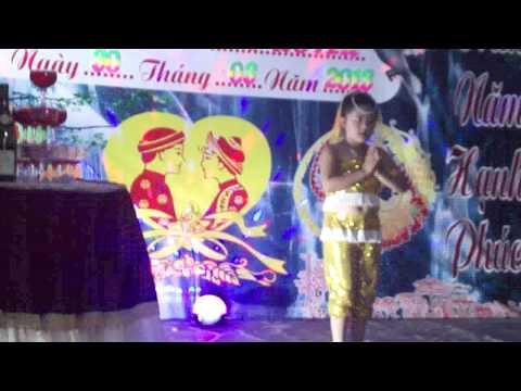 múa alibaba Bé Quỳnh